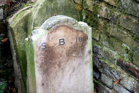 H.B. Footstone